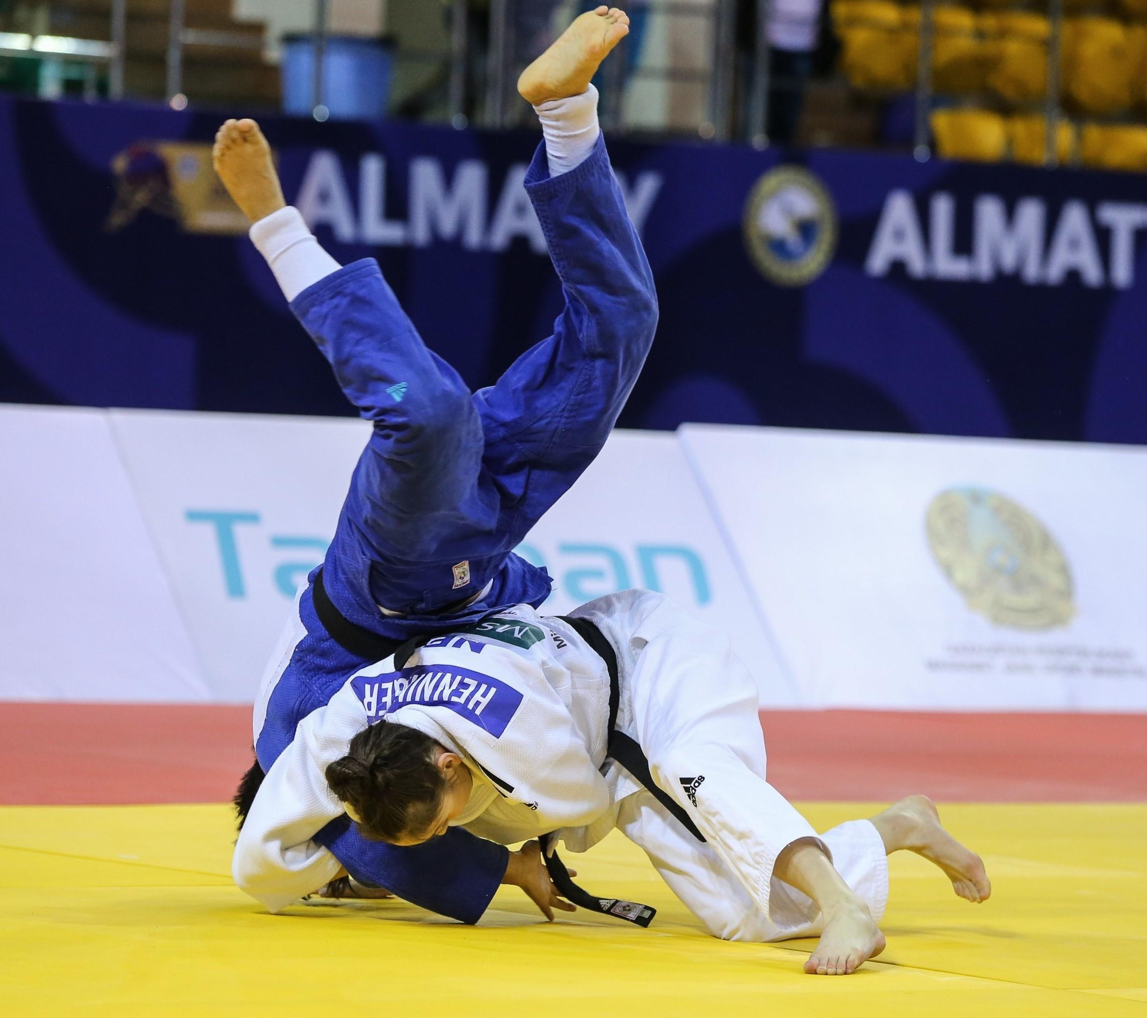 Apeldoornse judoka Elin scoort brons op WK tot 18 jaar
