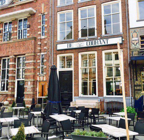Café Français bij De Courant Zutphen