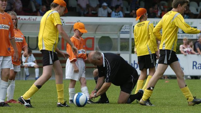 Unieke g-voetbal line-up bij ZVV'56 uit Apeldoorn