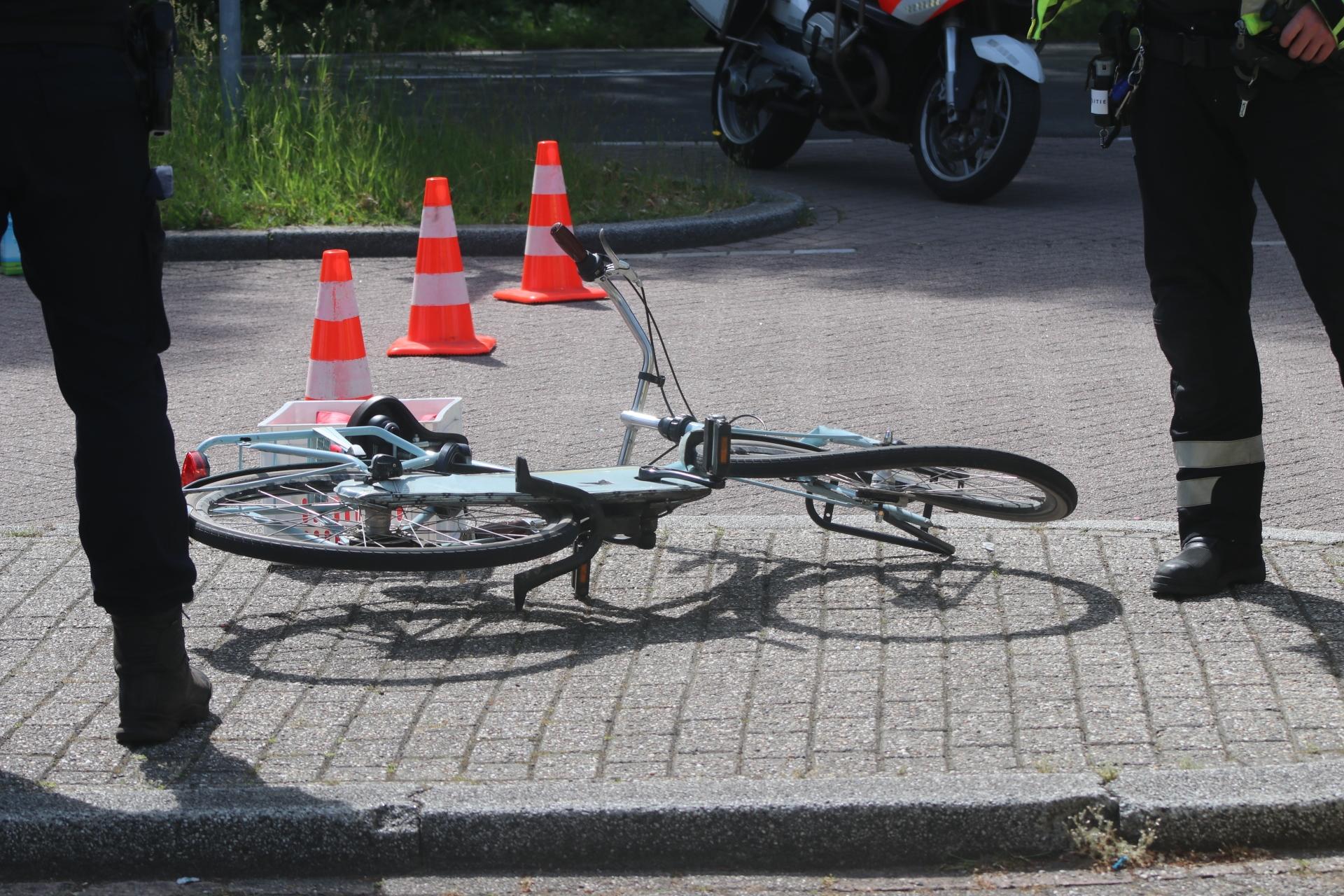 Fietsster gewond na ongeval in Apeldoorn