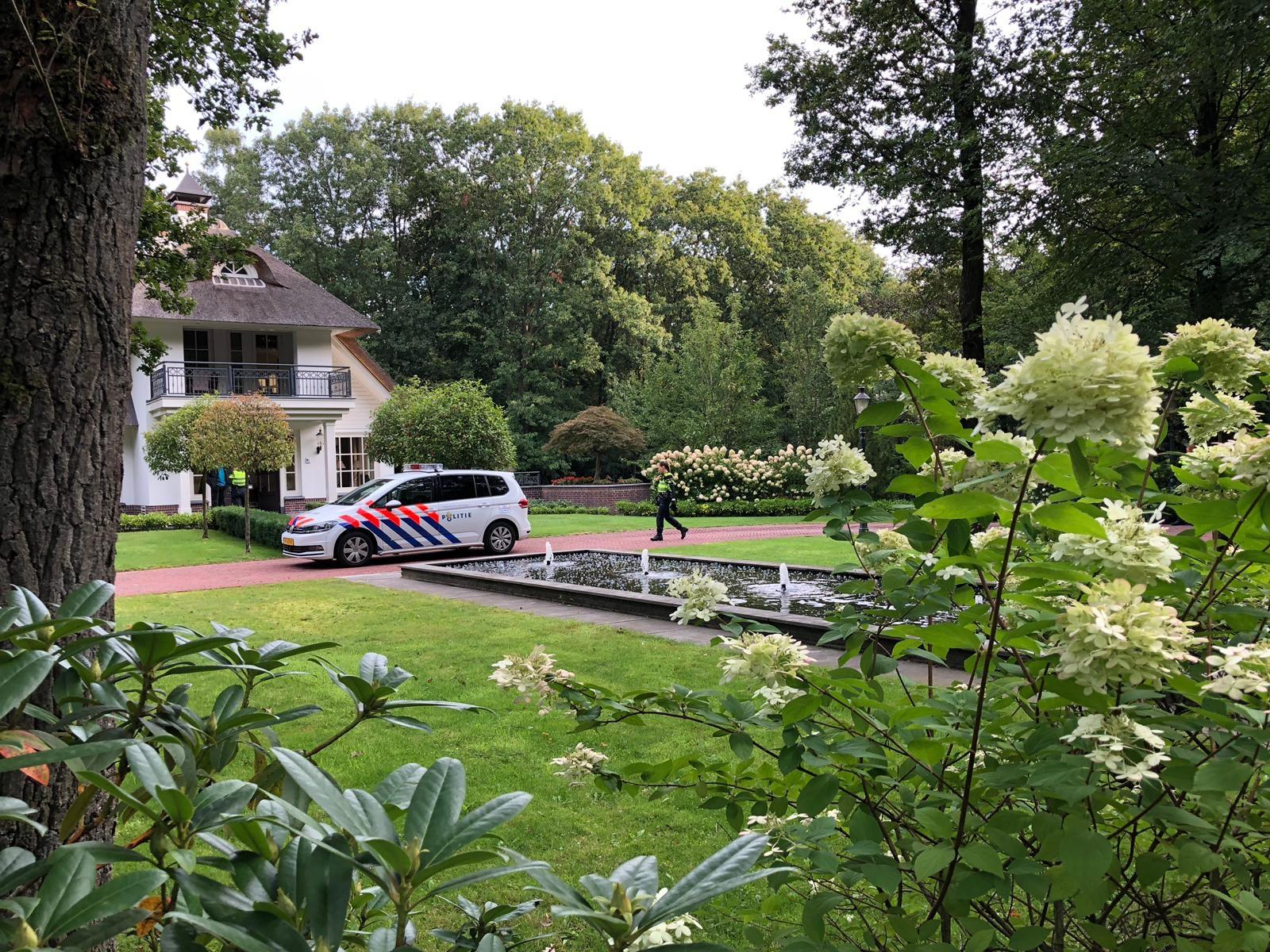 Politie doet onderzoek na overval in Beekbergen
