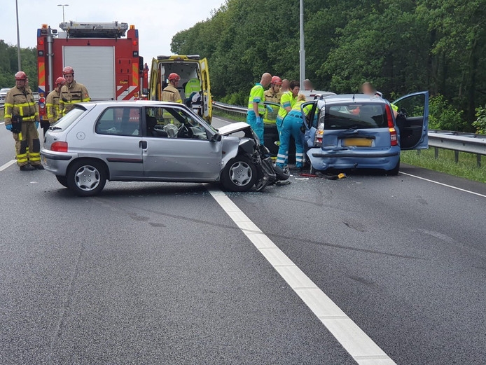 Meerdere gewonden bij ongeval op de A50 bij Lieren