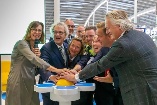 Campagne 'GOED omgaan met dementie In het openbaar vervoer' van start gegaan