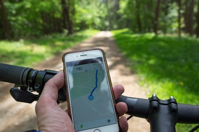 Het appverbod op de fiets: dit is wat je moet weten!