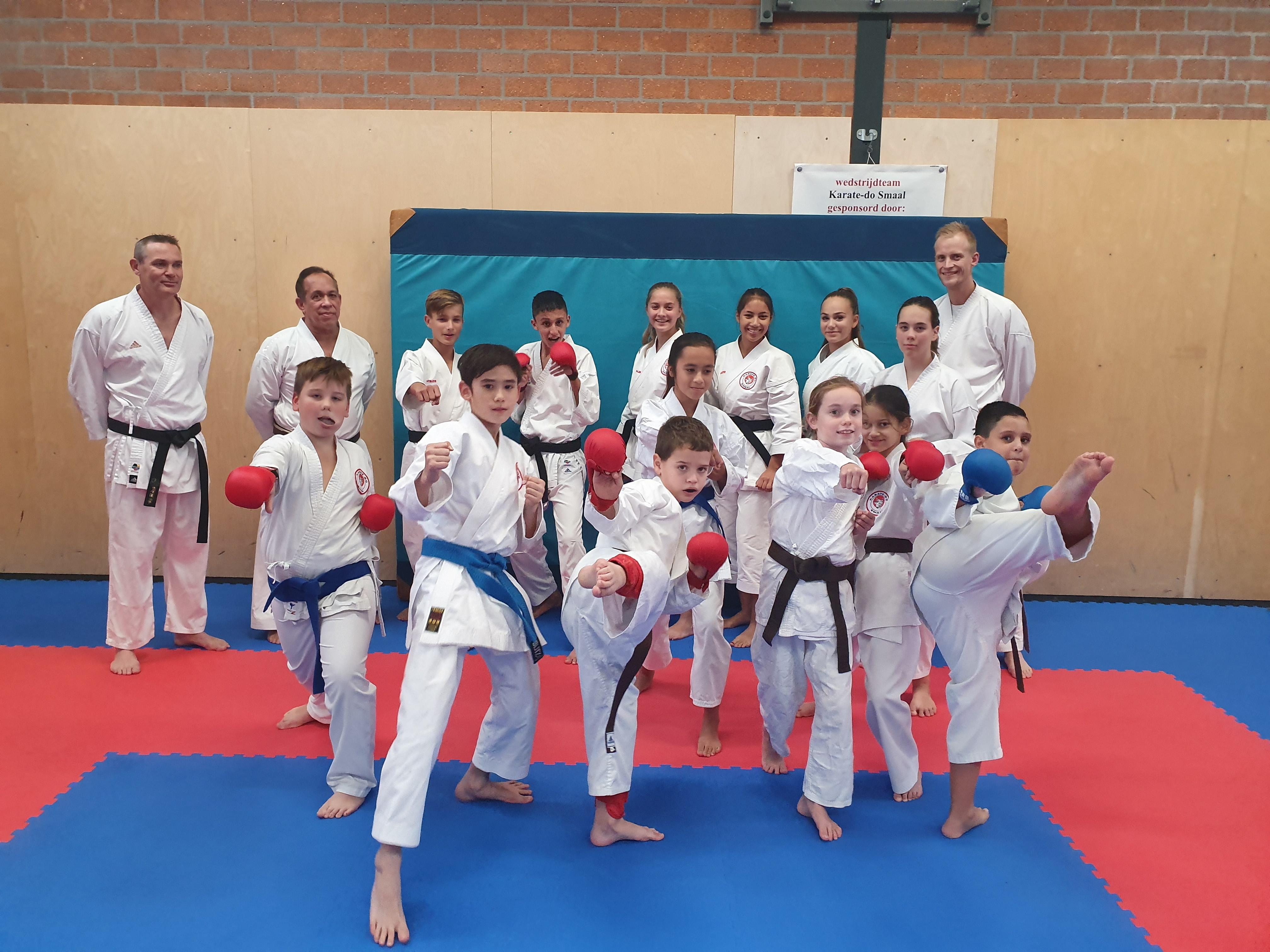 Karate-do Smaal neemt zeven prijzen mee naar huis