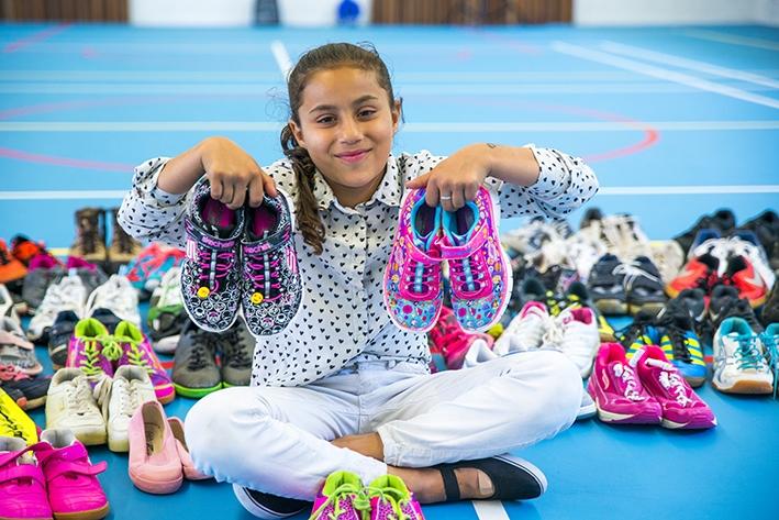 Kinderen AZC stevig in hun schoenen