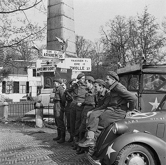Bustour in teken van 75 jaar bevrijding