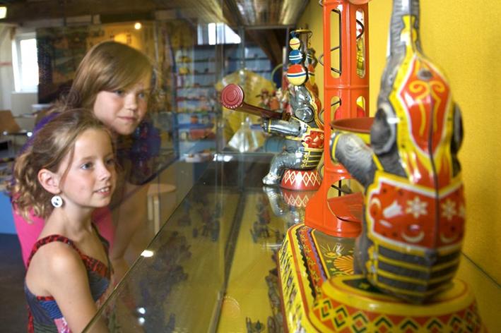 'Speelgoedcollectie op wisselende locaties'