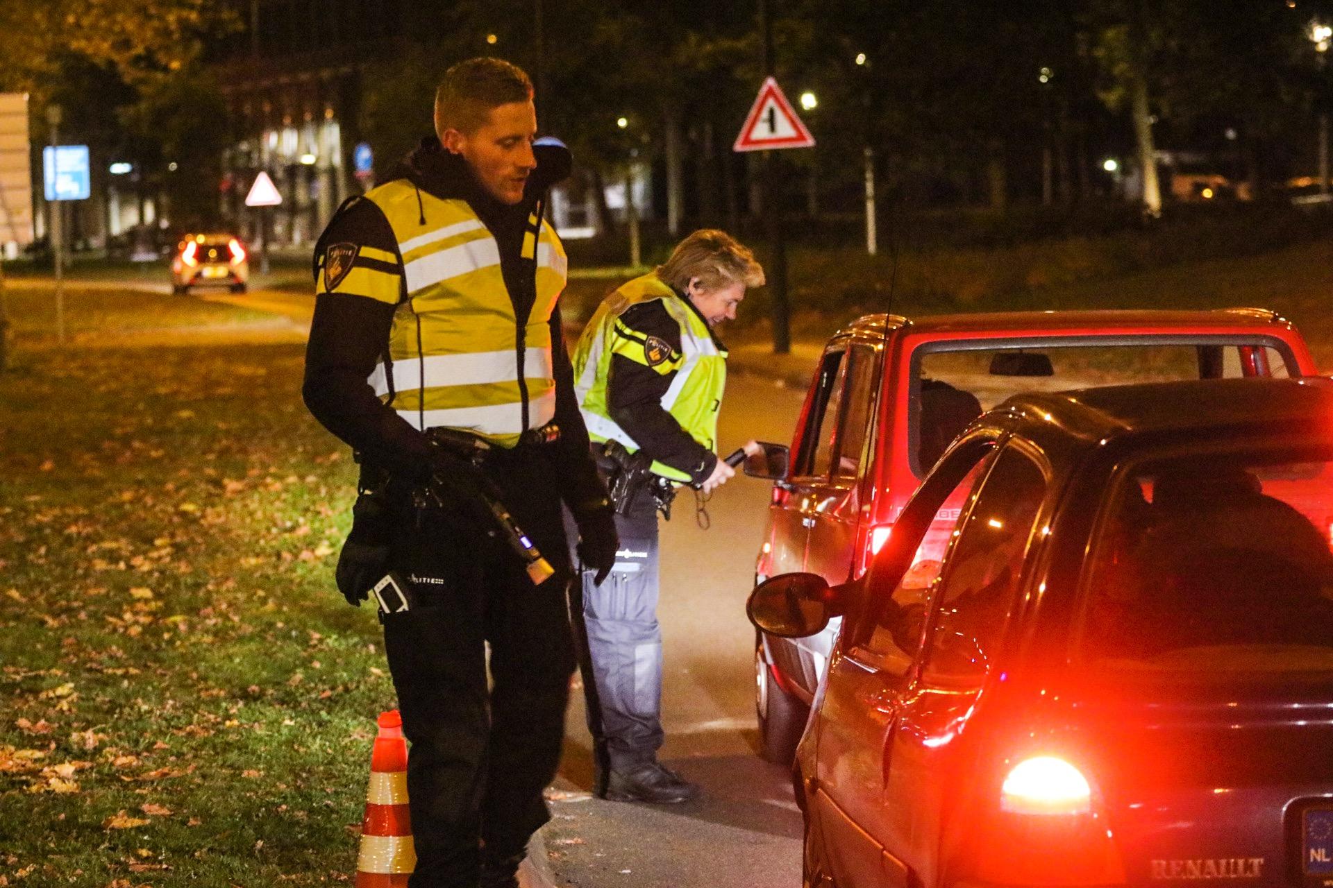 Meerdere drankrijders beboet bij Alcoholcontroles rondom centrum Apeldoorn