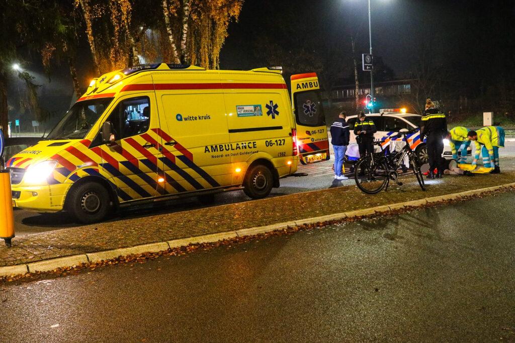 Opnieuw ongeval op de Sportlaan; Fietsster naar ziekenhuis.