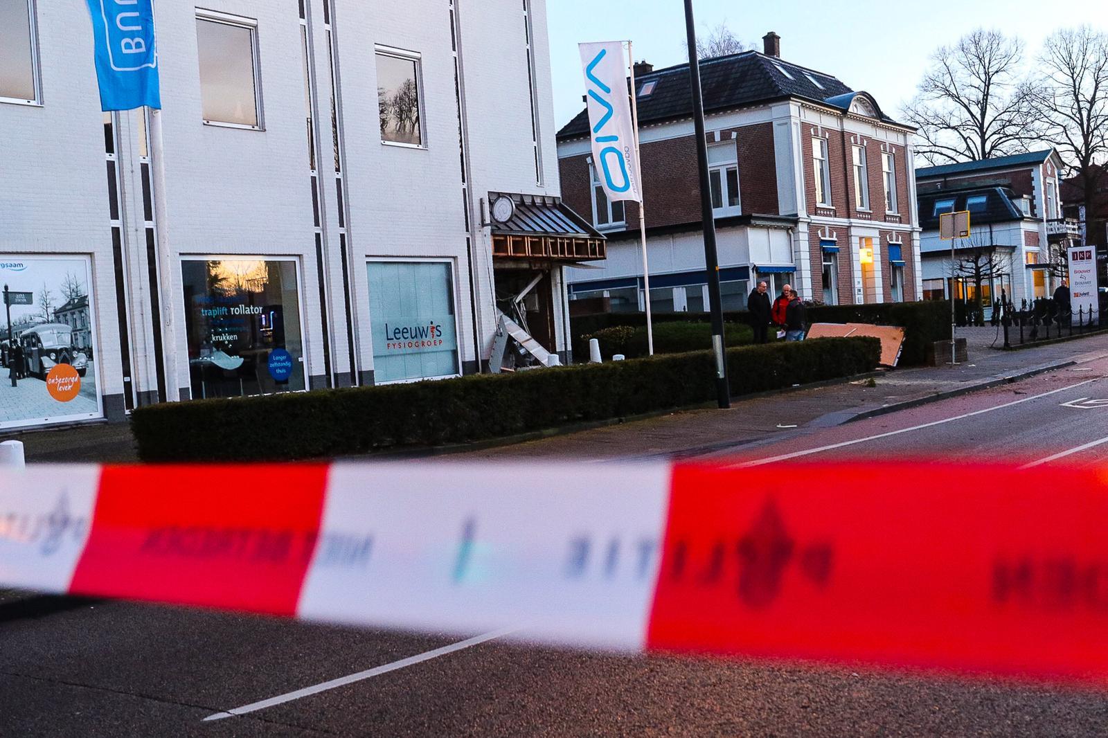 Explosieven Opruimingsdienst ter plaatse na plofkraak
