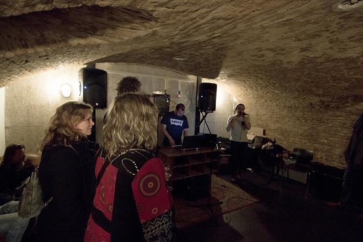 Muziek en kunst gaan ondergronds