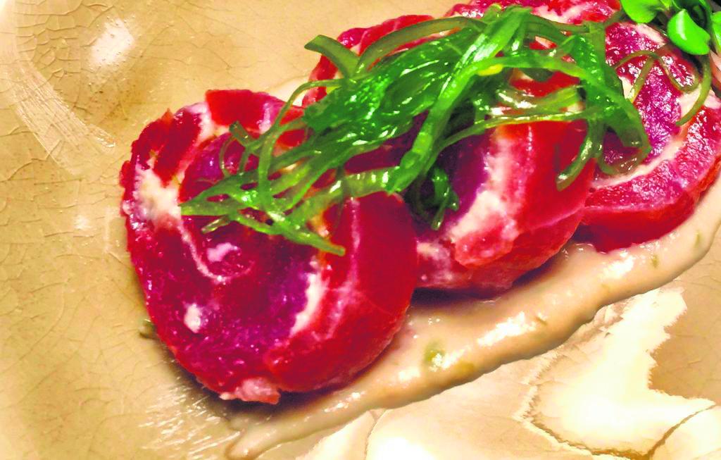 Recepten voor de feestdagen: tonijn met gerookte biefstuk