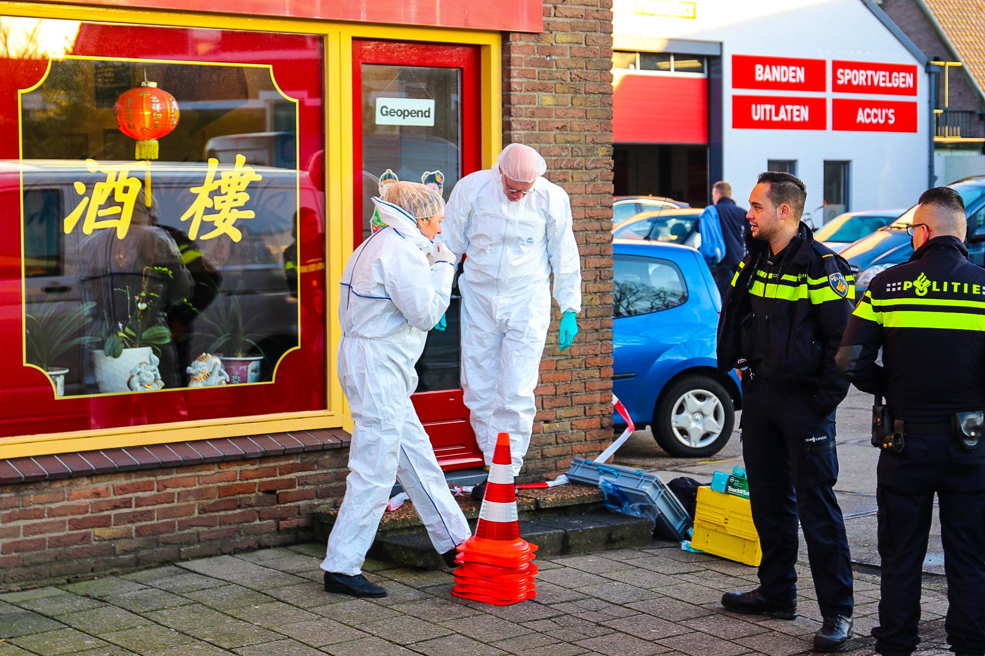 Man raakt zwaargewond bij steekincident bij afhaalchinees in Apeldoorn