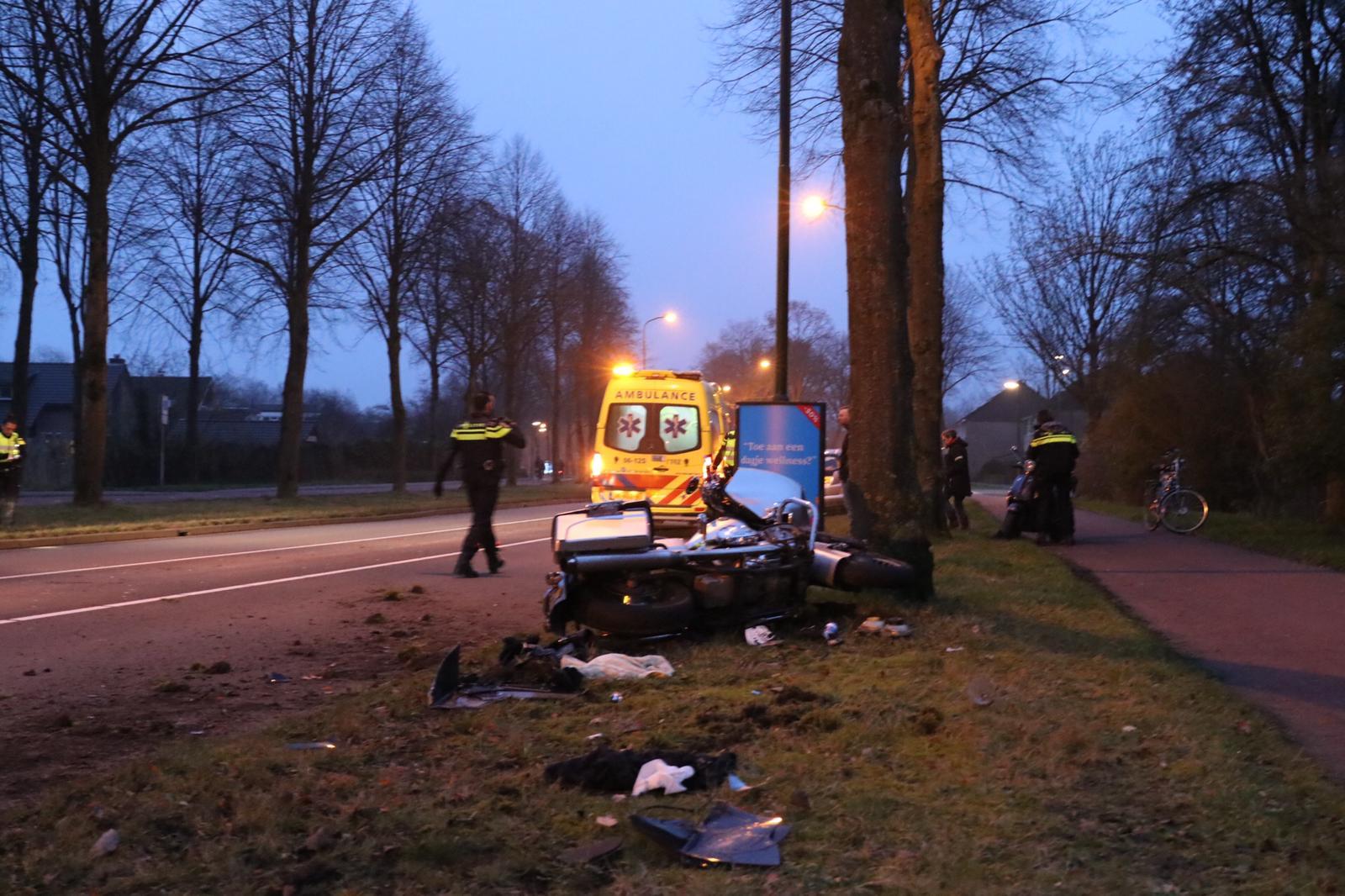 Motorrijder gewond bij ongeval in Apeldoorn.