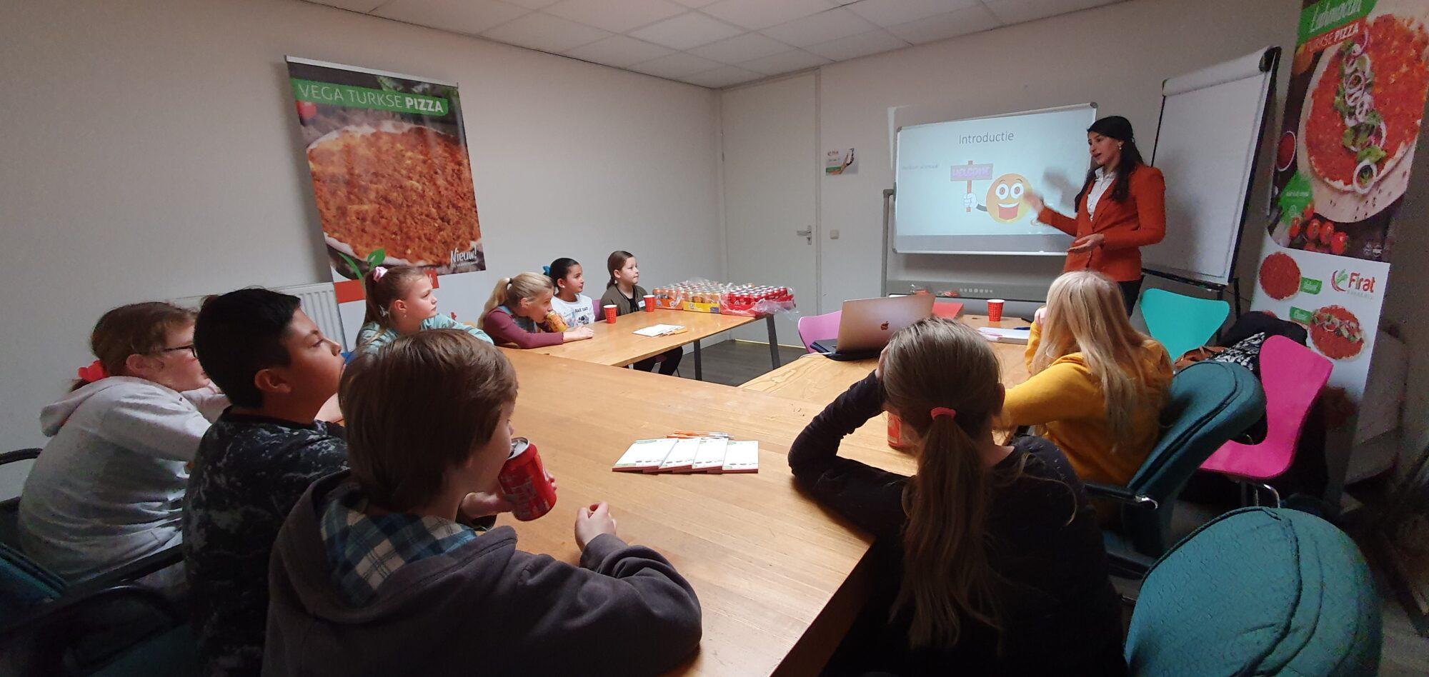 Woensdagmiddagclub van Kids College Apeldoorn