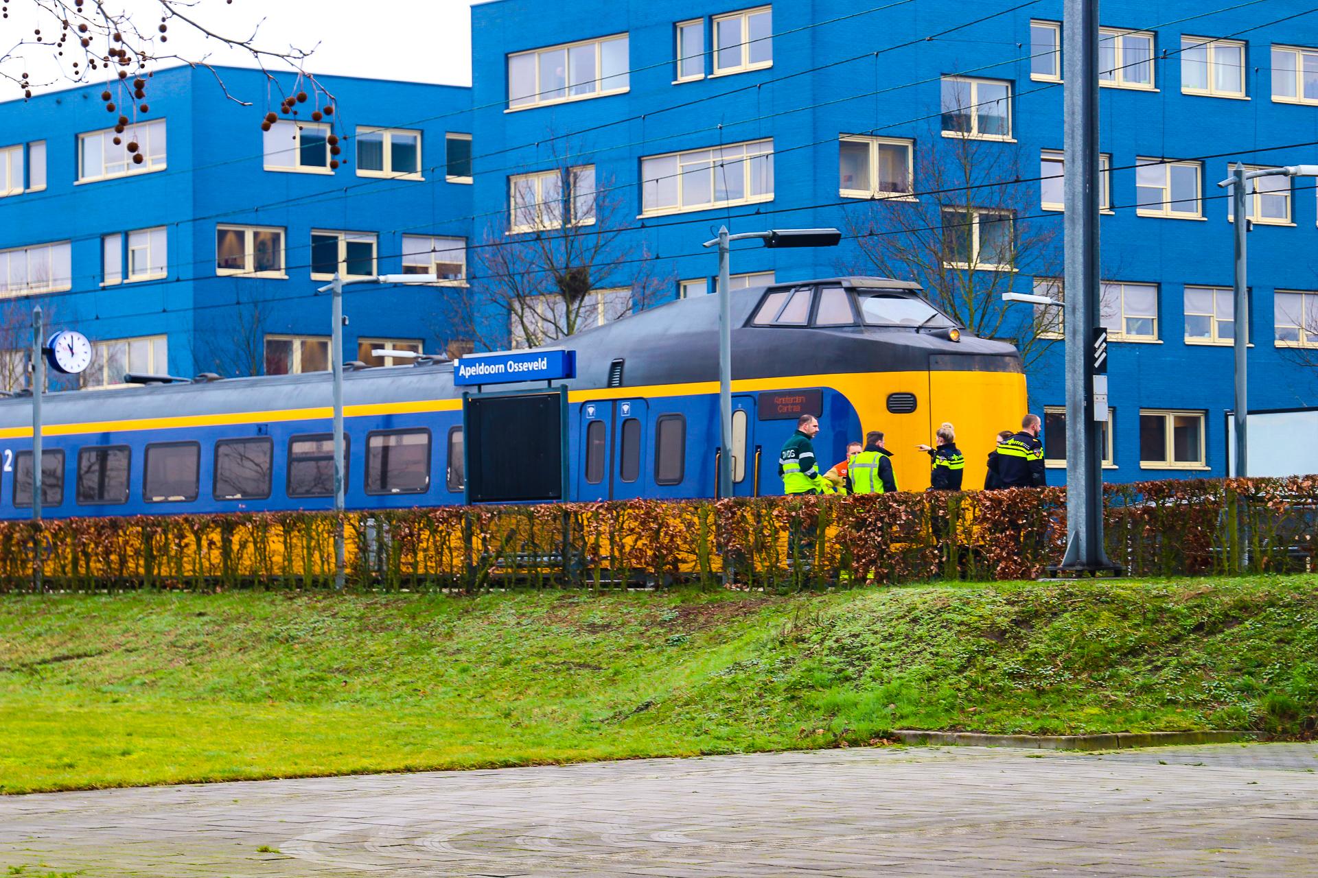 Geen treinverkeer in verband met aanrijding op het spoor bij Apeldoorn