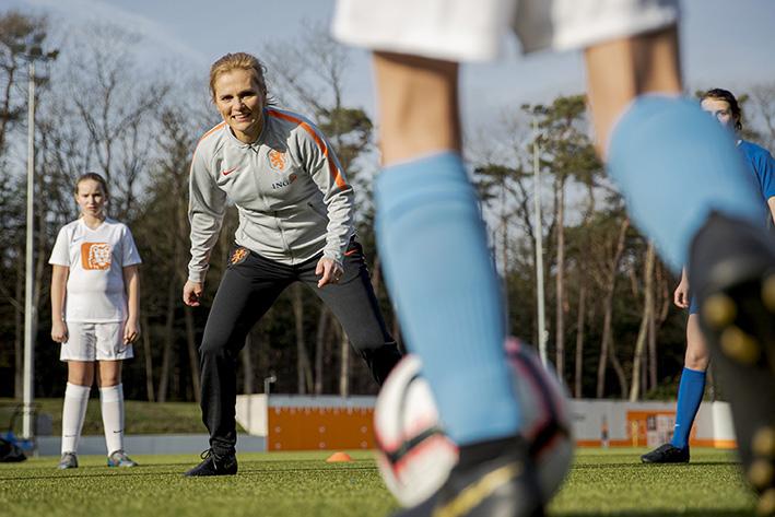 Stimulans voor meiden- en vrouwenvoetbal