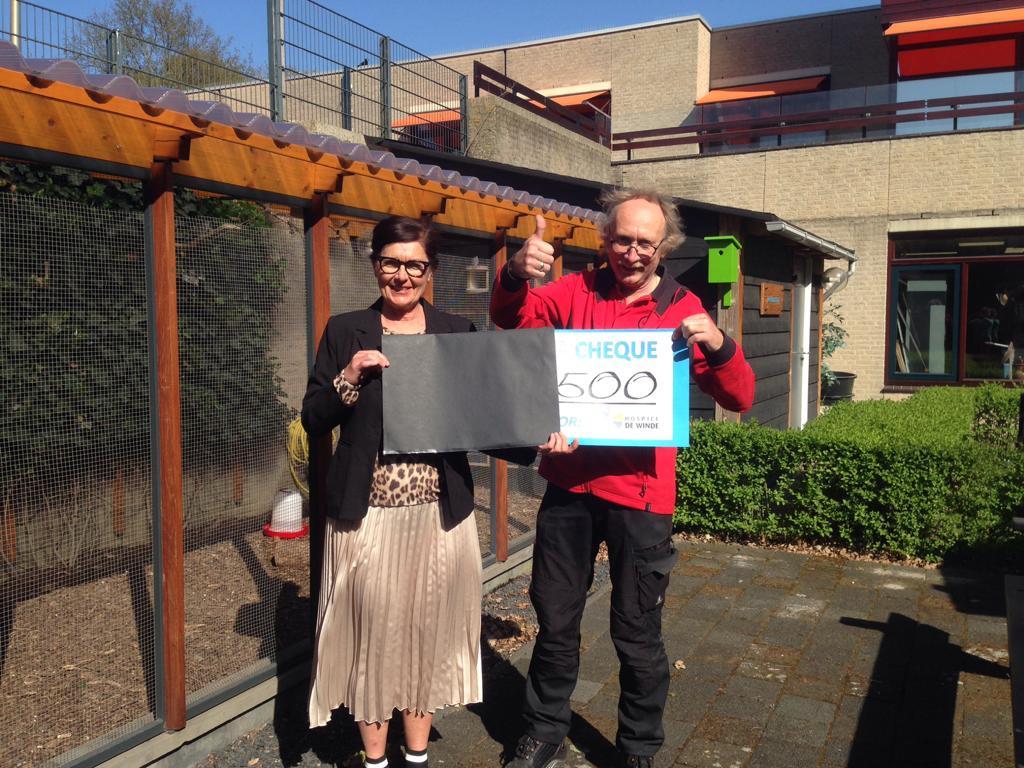 Wilp Staat Op doneert 500 euro aan hospice de Winde