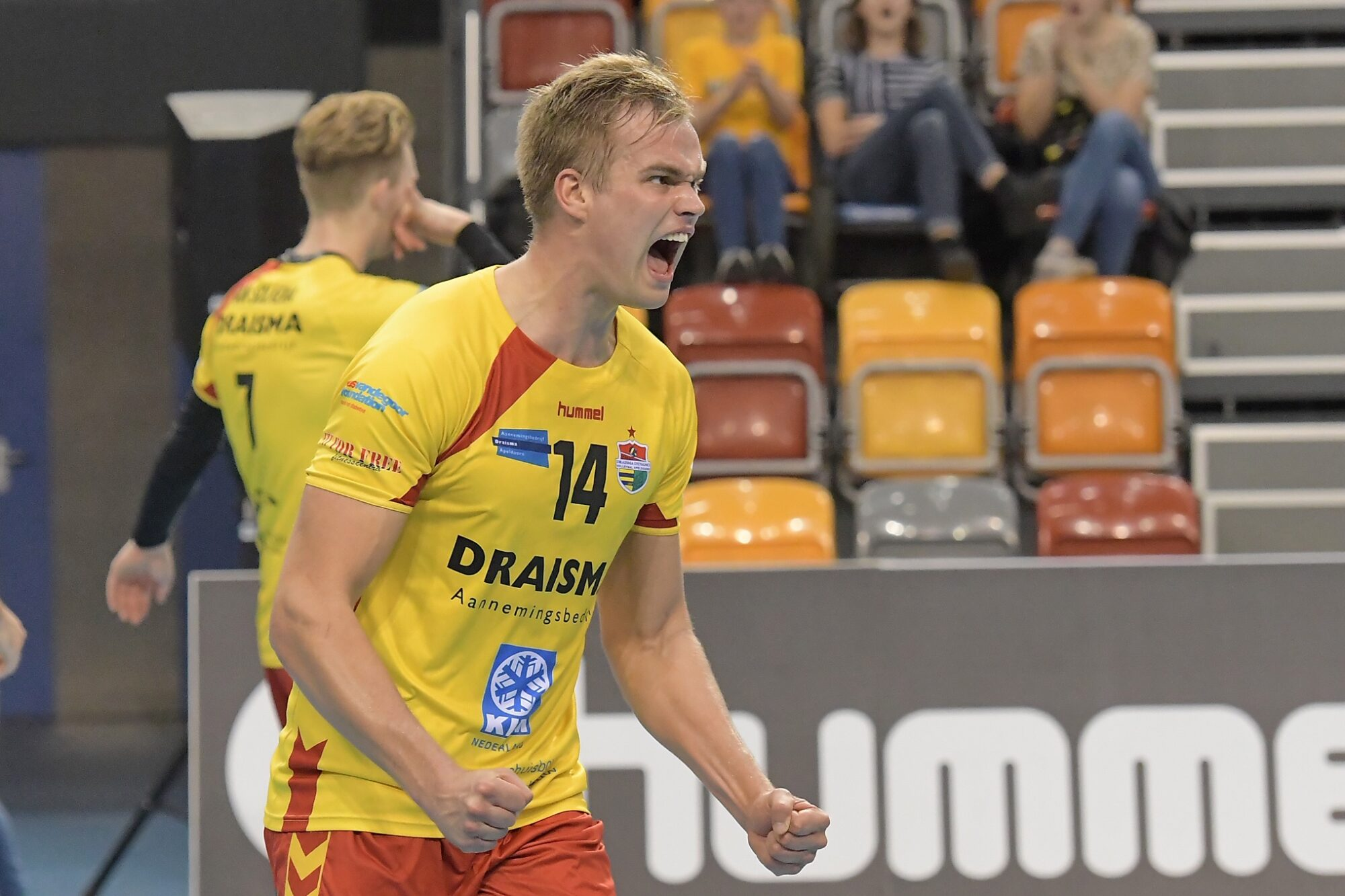 Kruiswijk en Blom verlengen, Van Solkema vertrekt bij Draisma Dynamo