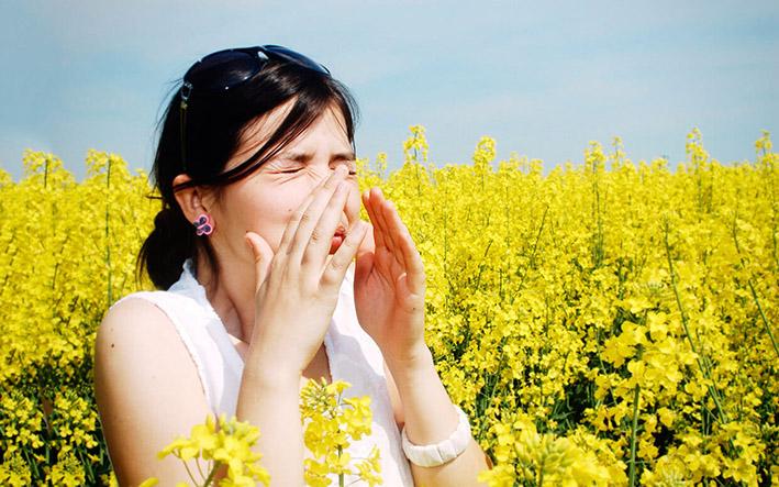 Symptomen hooikoorts vergelijkbaar met corona