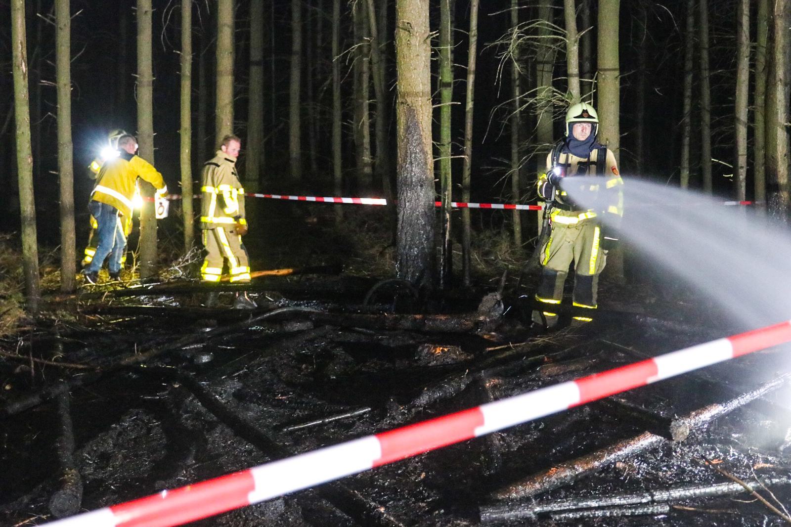 Boswachters ontdekken bosbrand aan de Kleiberg in Apeldoorn