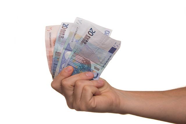 Geld lenen tijdens de coronacrisis