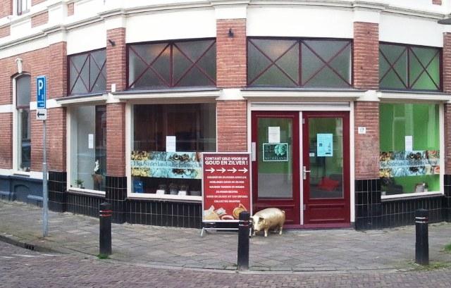 Meeste winkels in Nieuwstraat en T.G. Gibsonstraat zijn ook nu geopend