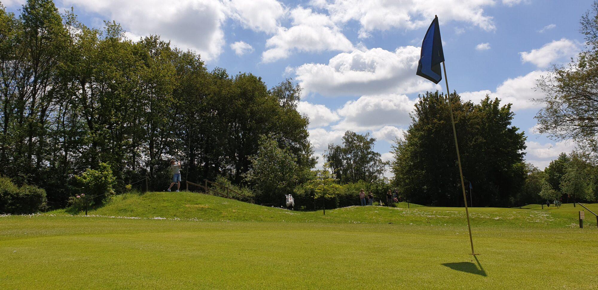 Golfers prijzen baan Pitch&Putt Bussloo