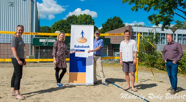 Rabobank steunt beachvolleyballers Alterno