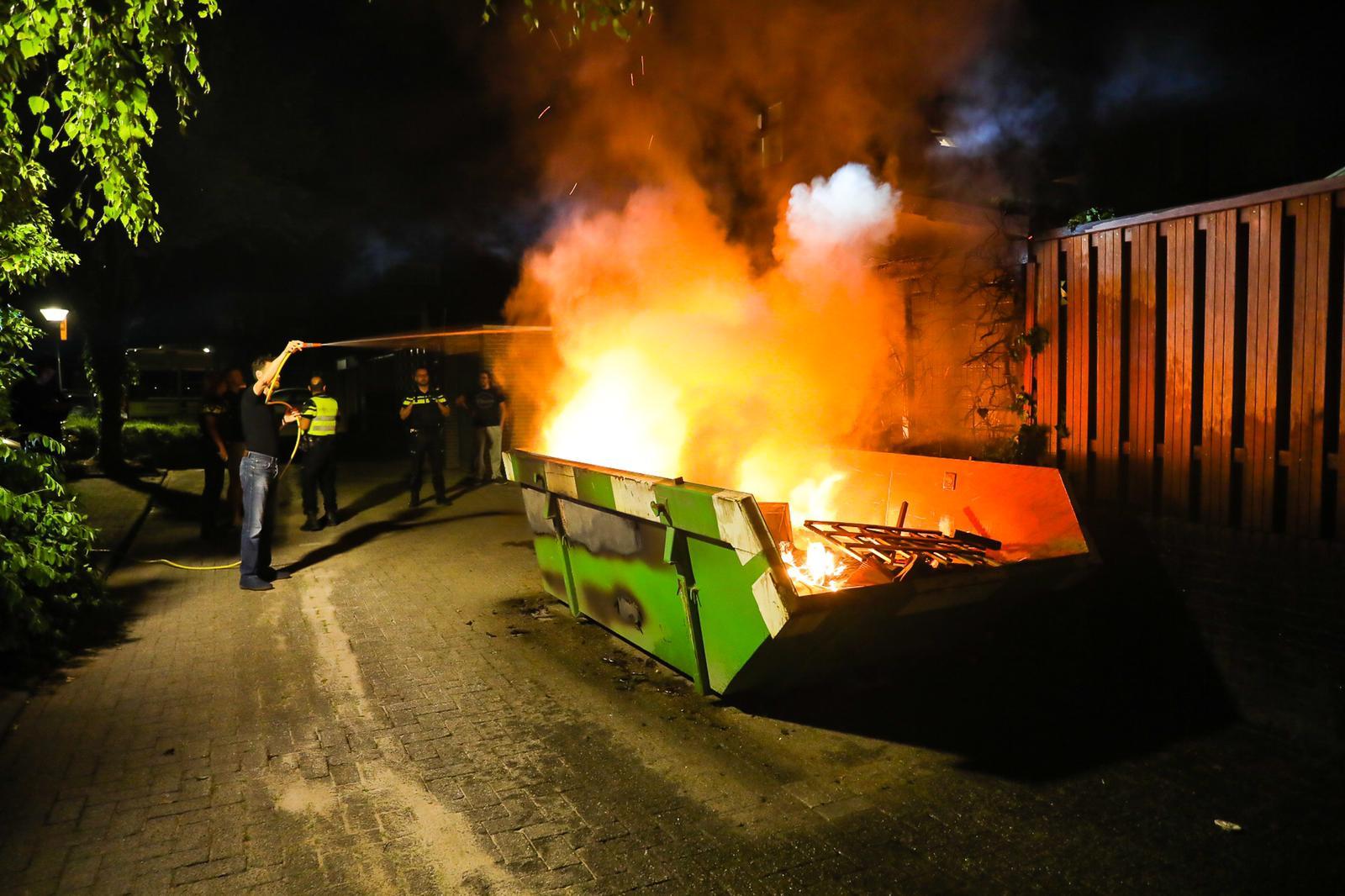 Brand aan de Zeis en de Haarhamer in Apeldoorn