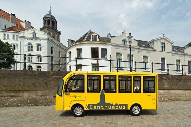 Ouderen weer de Centrumbus in