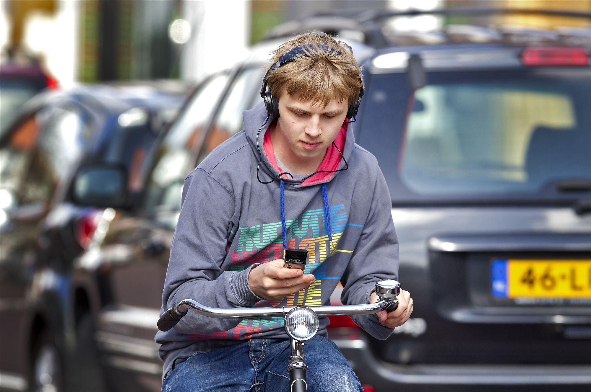 Coronacampagne voor verkeersveiligheid van jongeren