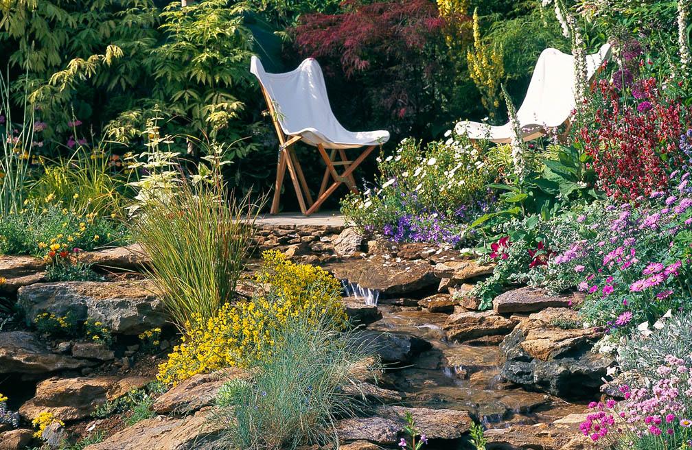 Handige tips voor onderhoud van de tuin in juli
