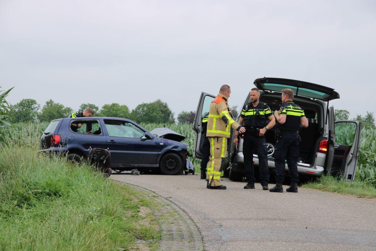 Kinderen komen met de schrik vrij bij ongeval op Ossenkolkweg in Terwolde.
