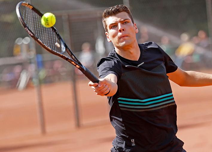 Strijd om lokale tennistitels