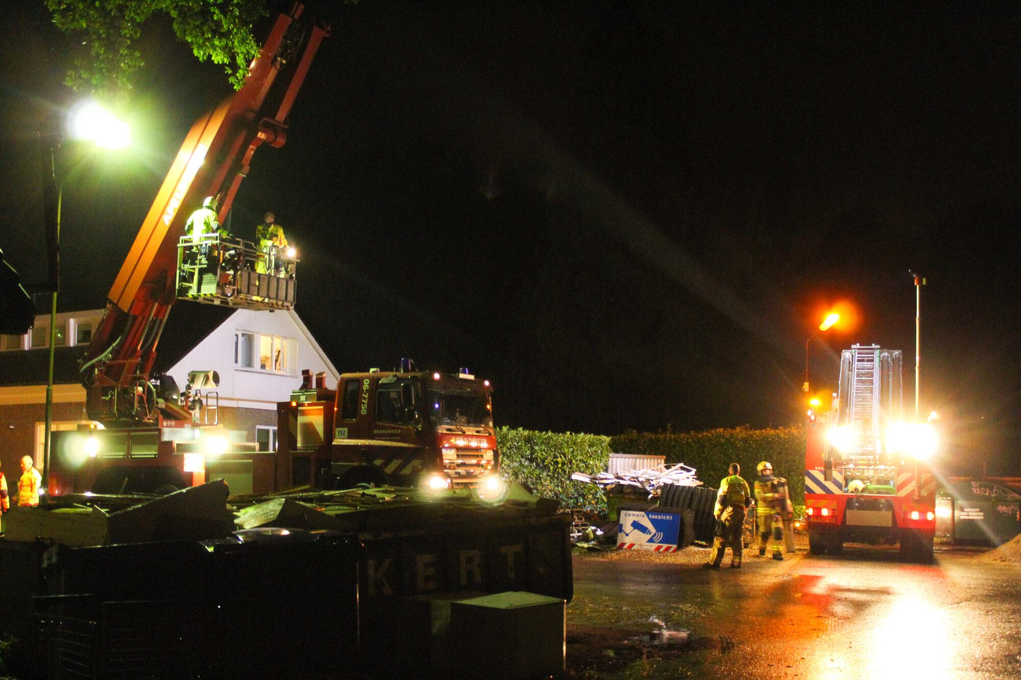 Schoorsteenbrand aan Arnhemseweg in Beekbergen
