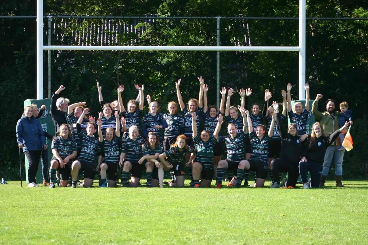 Nieuw rugbyveld in Deventer ingewijd met zege