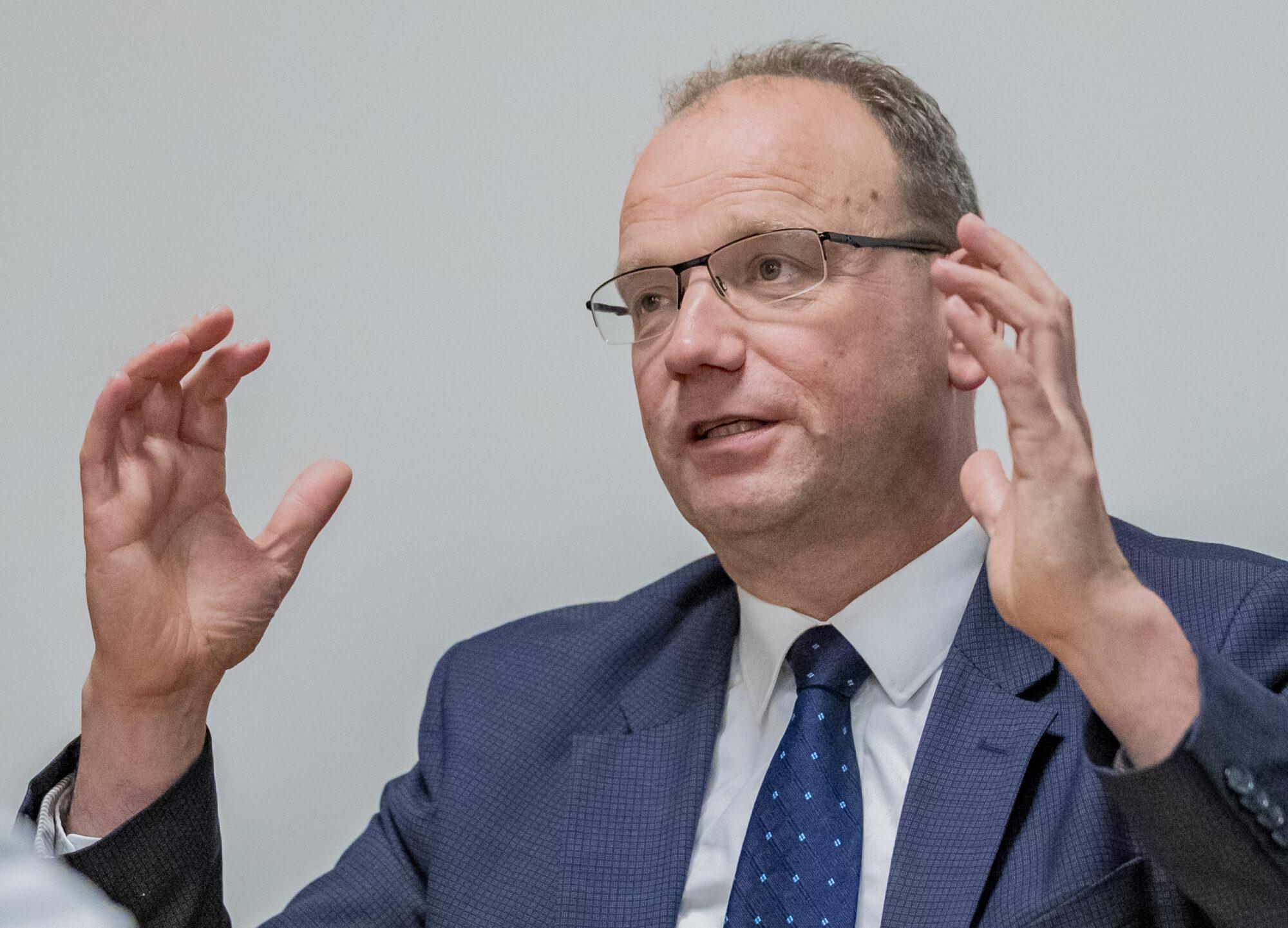 Burgemeester Ton Heerts: 'Houd vol, houd moed en houd aandacht voor elkaar'