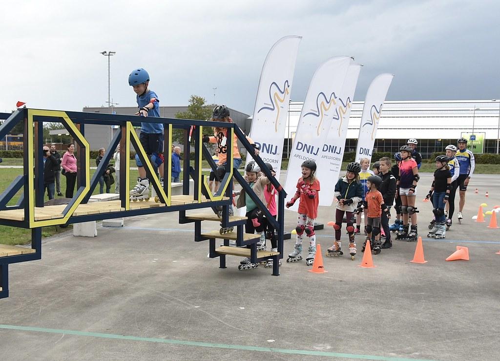 Opening Kinder Elfstedenbrug bij DNIJ