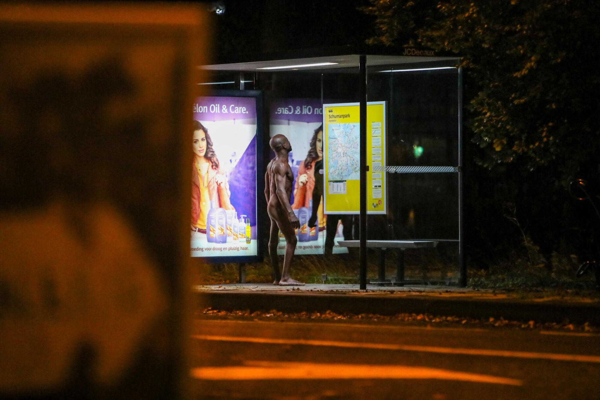 Naakte man zorgt voor onrust op Europaweg in Apeldoorn