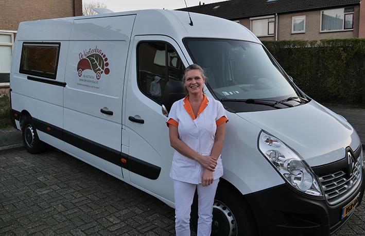 Welkom in mobiele pedicurepraktijk  De Voetenbus