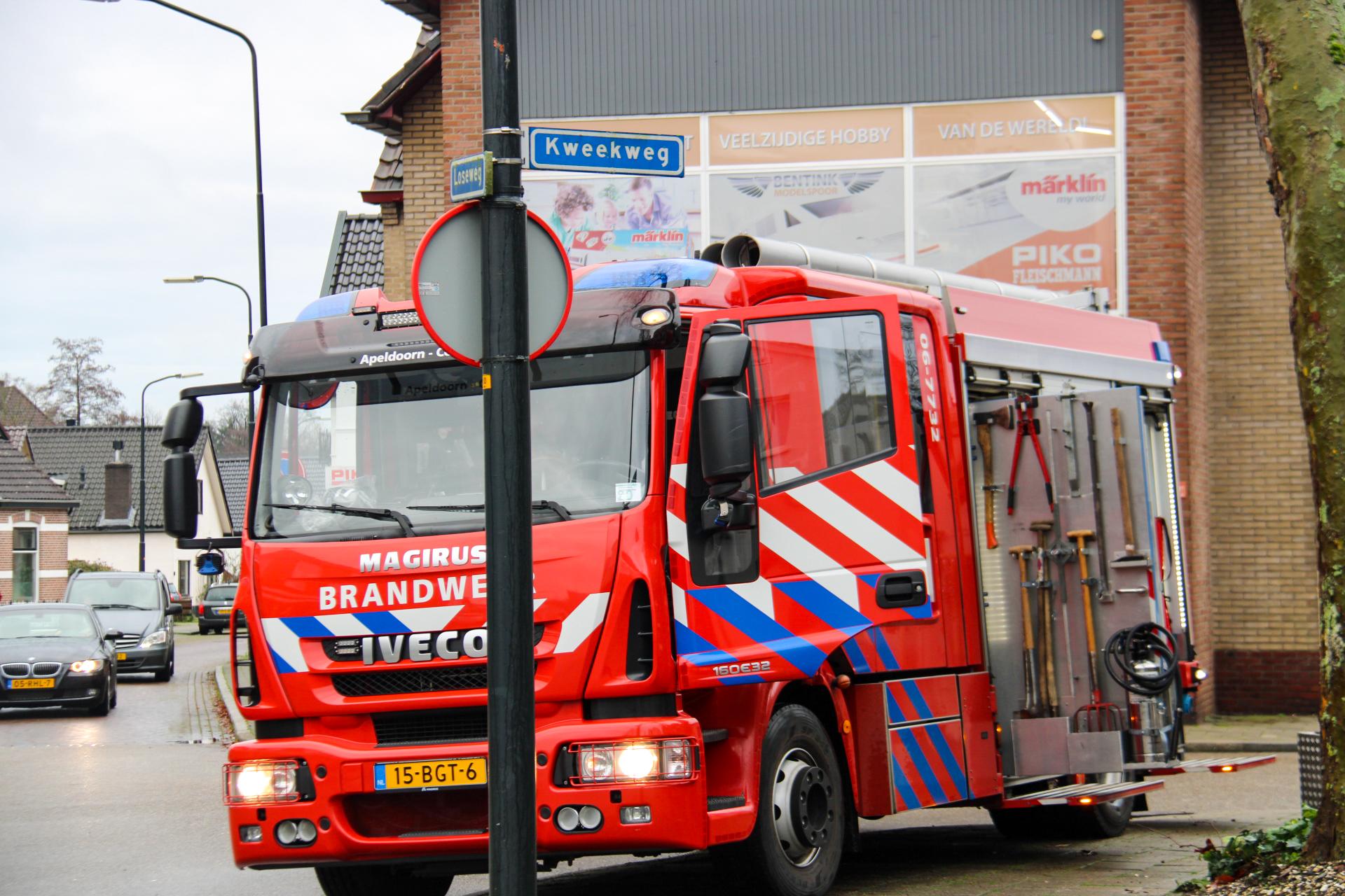 Apeldoornse brandweerlieden rukken uit voor schoorsteenbrandje