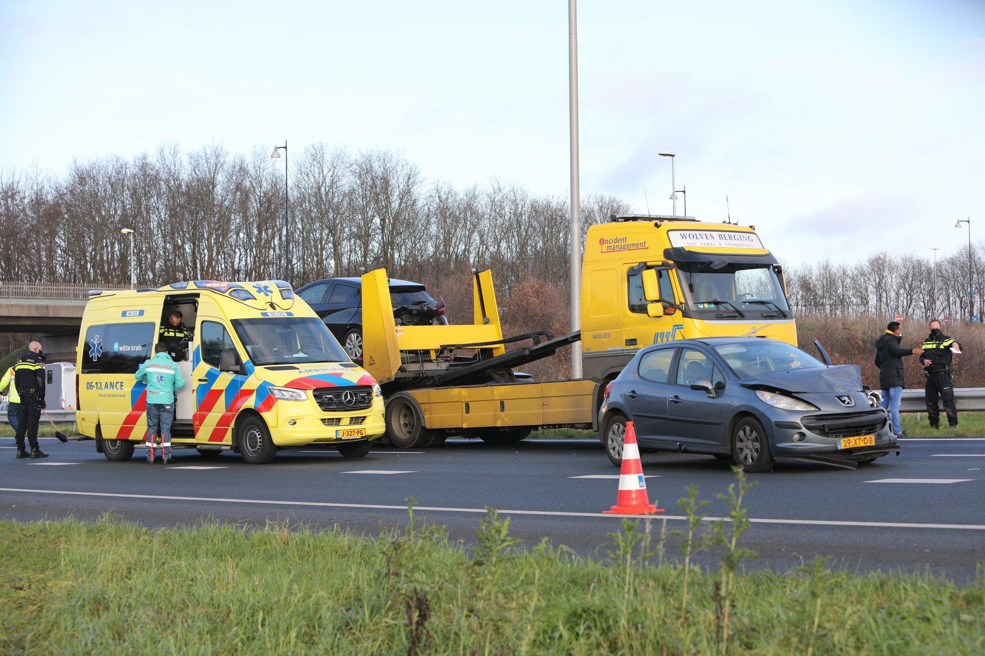 Gewonde bij ongeval op A50 bij Apeldoorn