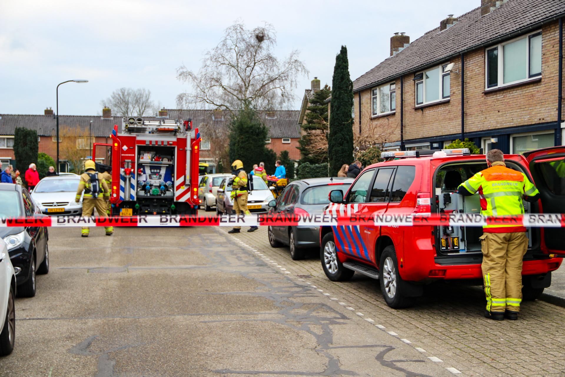 Brandweer sluit straat af wegens hulpverlening