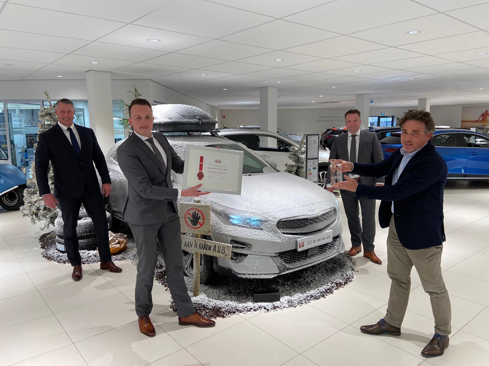 Kia-dealer Van Mossel bekroond met 'Top Dealer Award 2021'