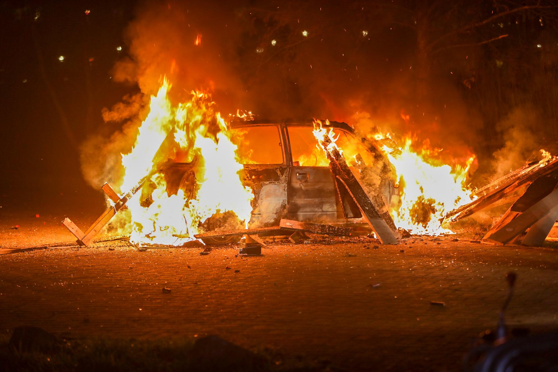 Brandweer rukt 16 keer uit voor branden in Apeldoorn