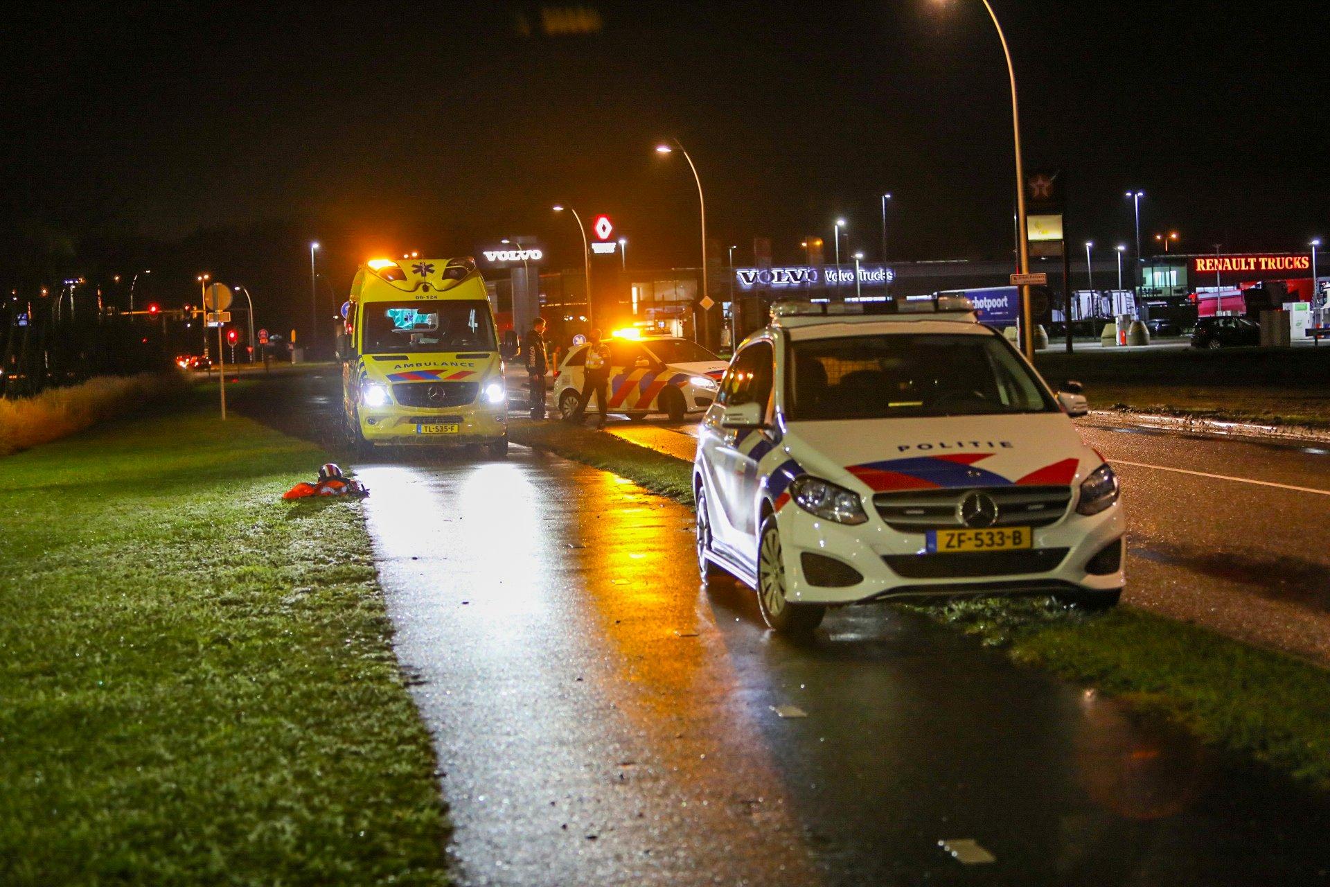 Voetganger gewond na botsing met scooter in Apeldoorn