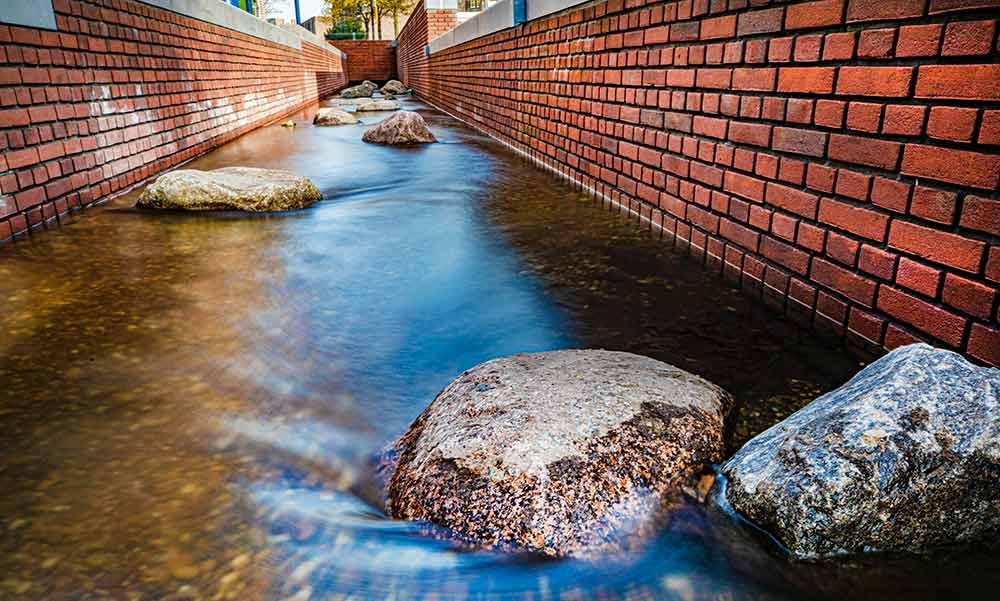 Beek verrijkt binnenstad Apeldoorn en verbetert klimaatadaptatie