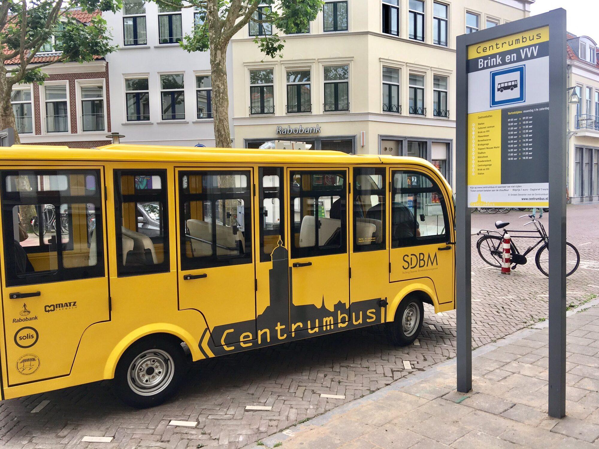 Corona doet 'markant geel busje' in Deventer de das om
